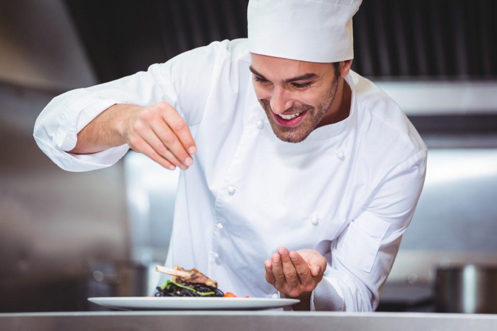 Come attirare clienti in un ristorante - concorso cuoco per un giorno