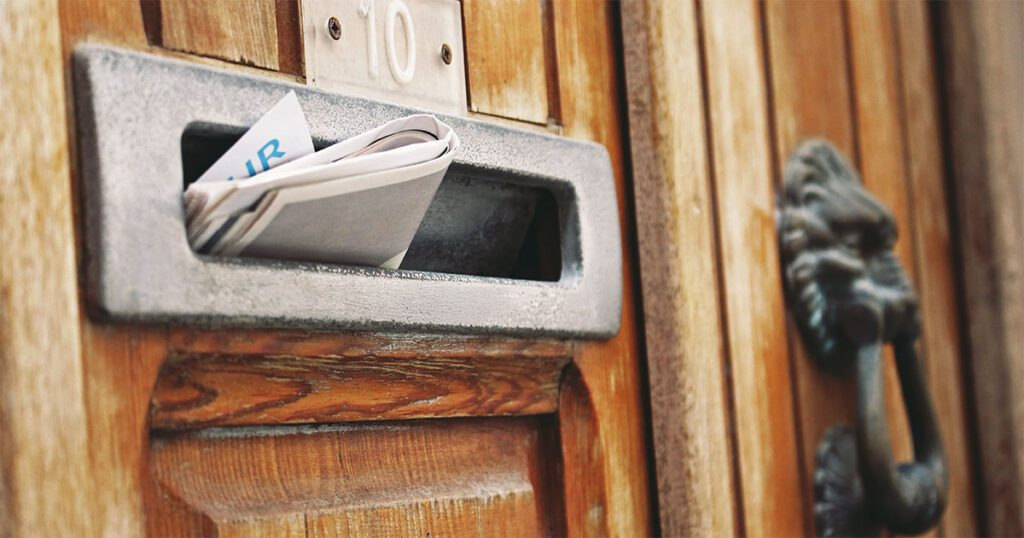 volantinaggio door to door